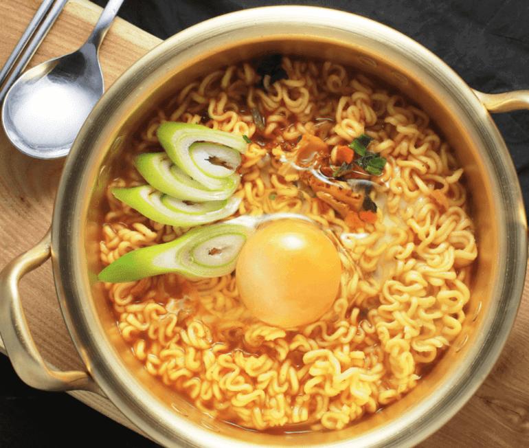 Makanan Khas Korea Ramyeon