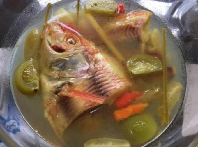 Makanan Khas NTT Ikan Kuah Belimbing