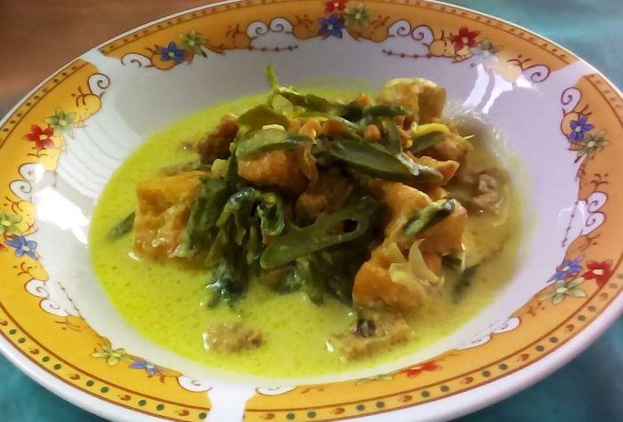 Makanan Khas Padang Gulai Tauco