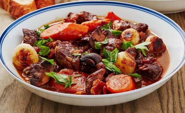 Makanan Khas Perancis Beef Bourguignon