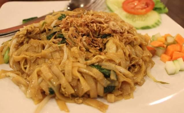 Makanan Khas Kalimantan Barat Kwetiau