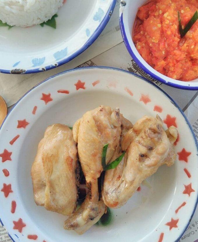 Makanan Khas Sumatera Ayam Pop
