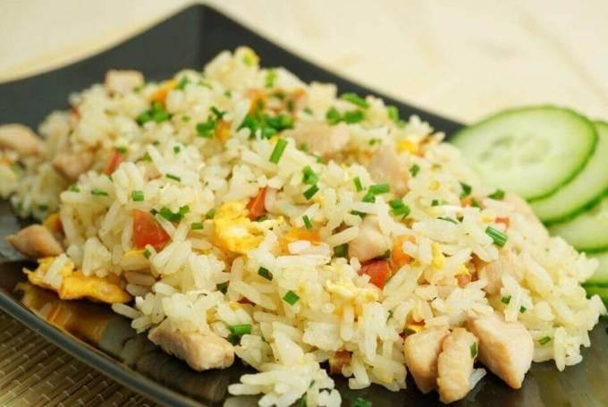 Makanan Khas Thailand Halal Khao Pad