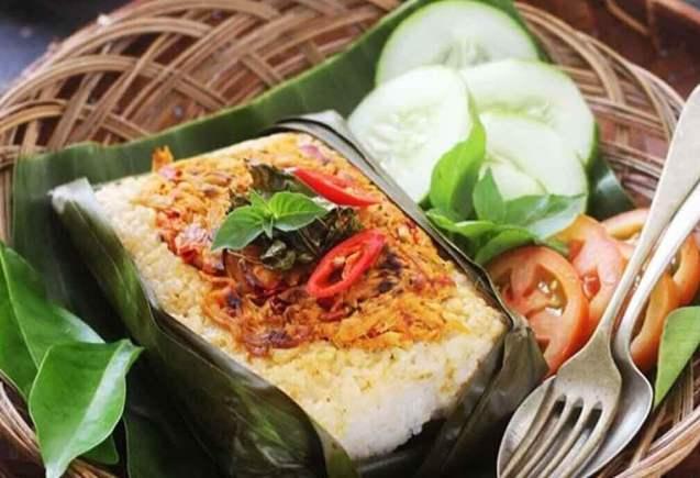 Makanan Khas Balikpapan Nasi Bakar Seafood