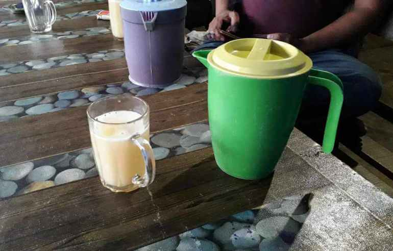 Minuman Tradisional Khas Batak Tuak