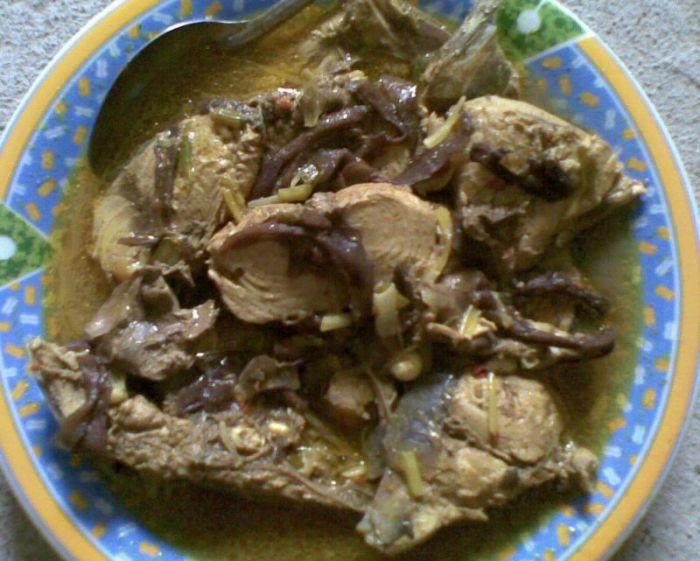 Makanan Khas Sulawesi Barat Bau PIapi