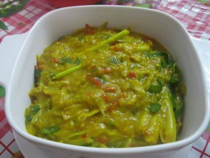 Makanan khas Lampung tempoyak atau tempoyang