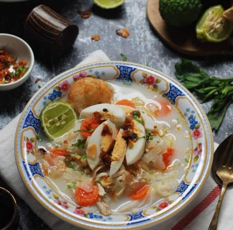 Makanan Khas Daerah Soto Banjar