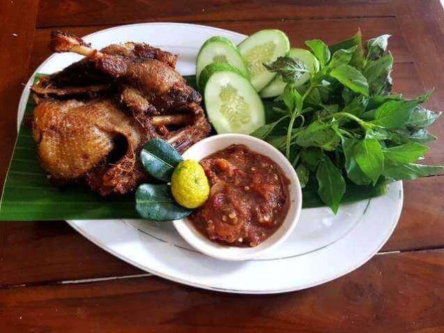 makanan khas klaten bebek bacem