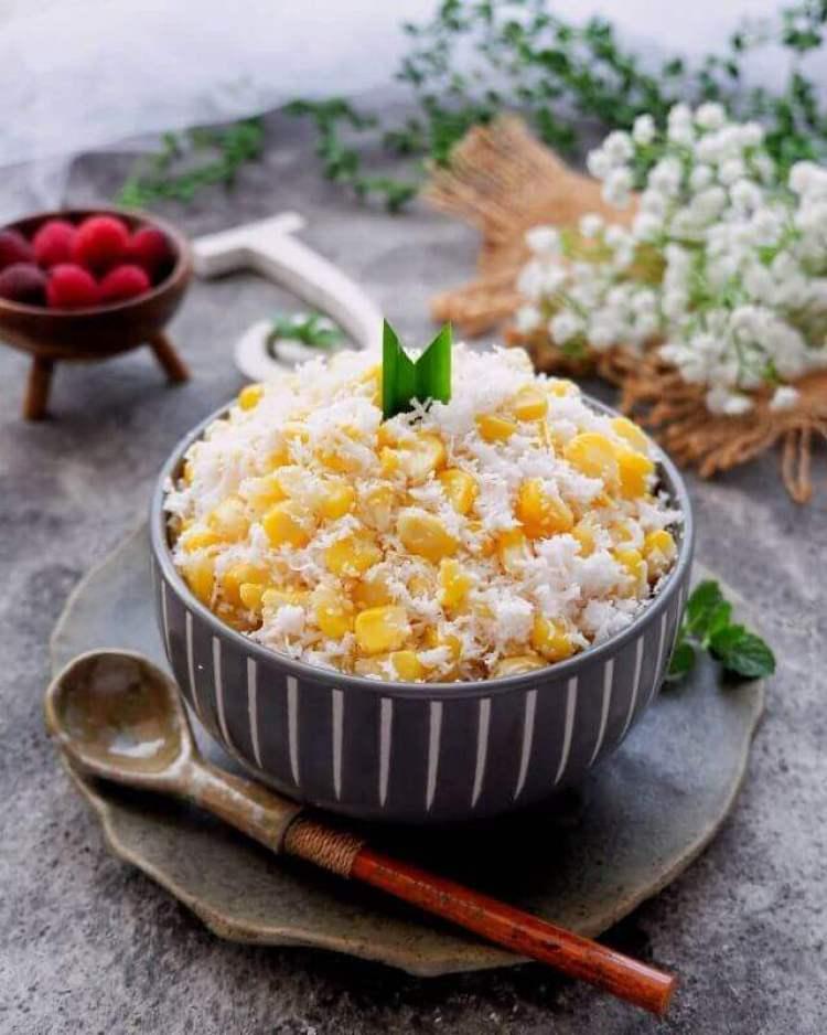 Nama Makanan Khas Indramayu blendung jagung - Bosmeal.com