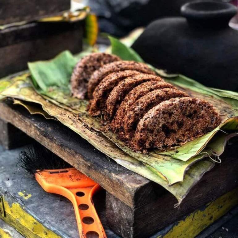 nama makanan khas dayak kalimantan barat kue dange