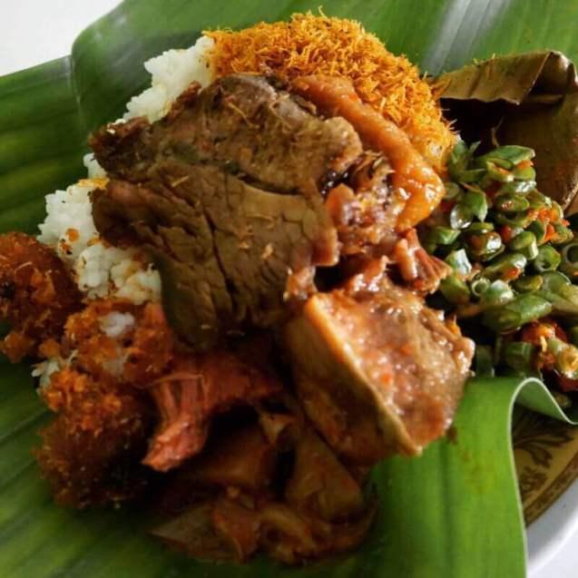 makanan khas pasuruan - Nasi Punel Bungil