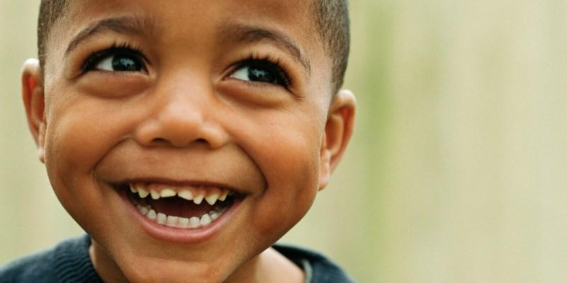 para uma criança ser feliz