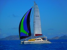Sailing with Aqualibrium, a 13 metre Schionning catamaran ... with a spinnaker. We don't have one !