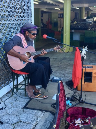 We heard some ordinary music from our market, but just recently this fellow caught our eye. Great sound which deserved some coins.