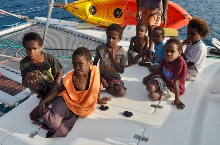 San Souci invited the local kids aboard. Thnx Juliana for the pic.