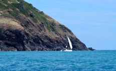Gemini Lady rounding the headland in to Curlew Island