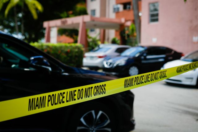 Miami Orders Residents to Evacuate 8-story Condo Building