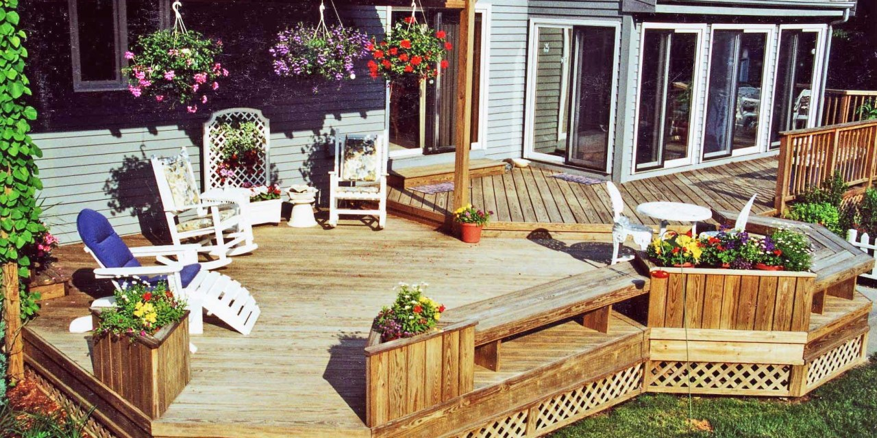 The 5 factors you need to know that determine a deck's cost