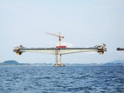 Cantilever Bridge under Construction