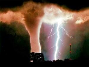 Tornado & Lightning Storm