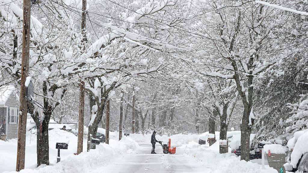 farmers almanac predicts cold