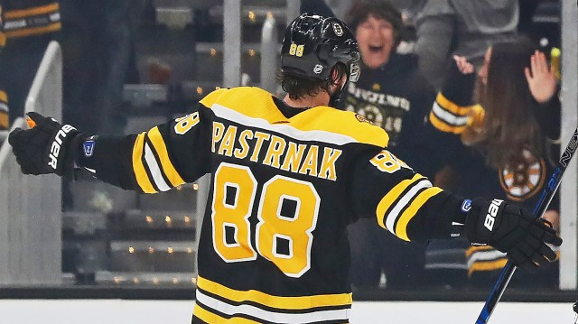 David Pastrnak Named NHL's First Star Of The Week – CBS Boston