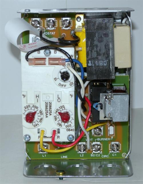 small resolution of honeywell l8124g1020 triple aquastat relay with high or honeywell aquastat relay l8124a aquastat control wiring schematic