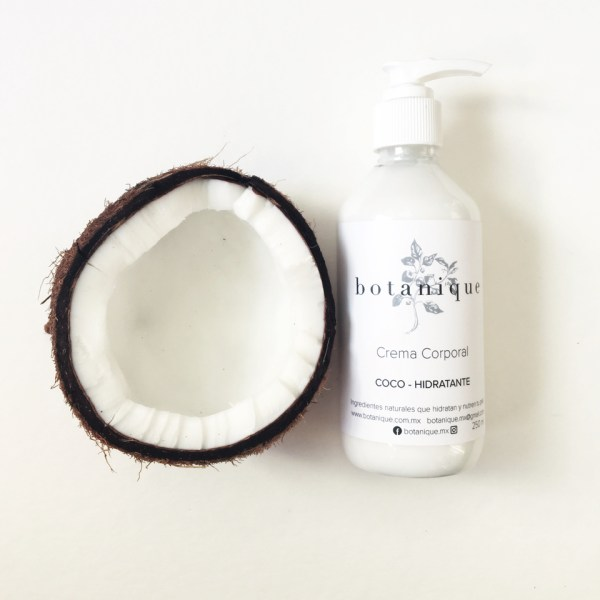 Crema corporal orgánica con coco