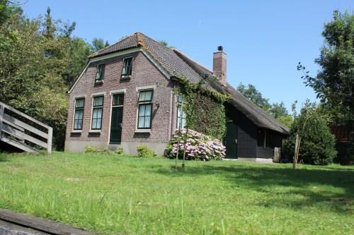 Giethoorn_MS_van_den_Heuvel_Bootverhuur-0092