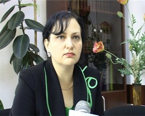 Inspectorul scolar general, Ada Macovei