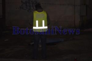 criminalisti cadavru tanara aruncata de pe bloc primaverii botosani1