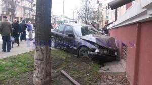 accident masina zid djdp4