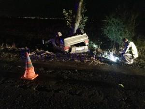 politisti, stiri,-accident, noaptea masina rasturnata, stiri, Botosani