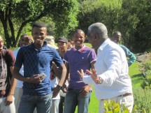 Passion sharing and learning in Kirstenbosch. © Catherine Clulow