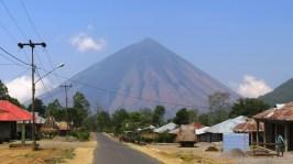 Jalab dari kota Bajawa menuju Desa Bena