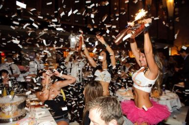 lavo-brunch-party-girls