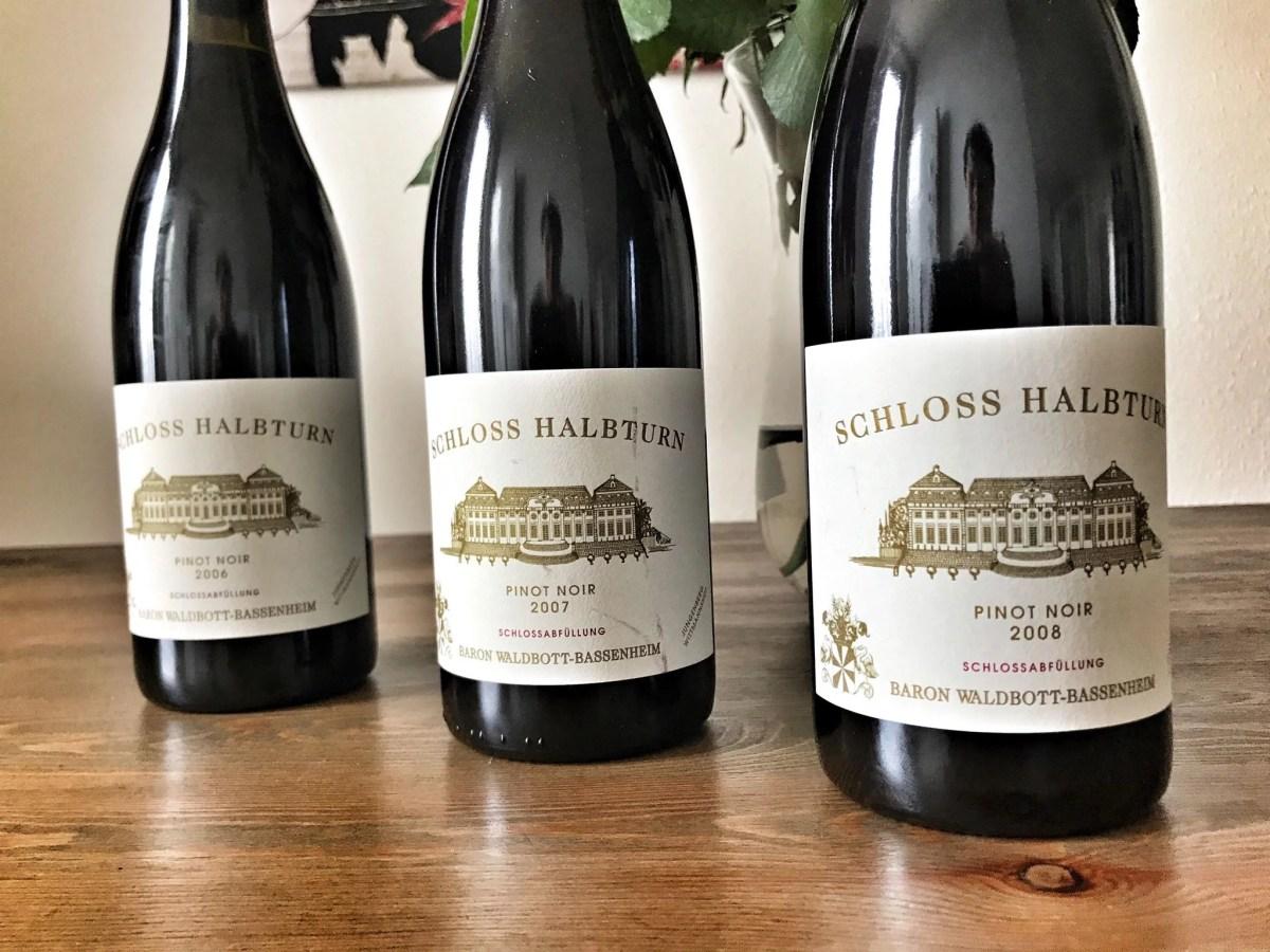 Kleine Vertikale mit dem Pinot Noir vom Weingut Schloss Halbturn