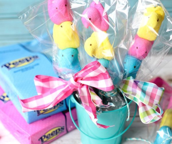 Adorable Peeps on a Stick from Suburban Simplicty | Bottom Left of the Mitten
