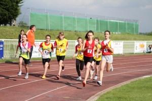 Romane prend la tête de la course dès les premiers mètres