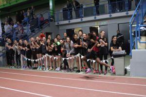 Les athlètes de l'Oise en plein encouragements lors du relais