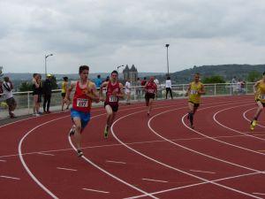 Jimmy au départ du 800m