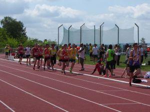 Jérôme et Jan dans le peloton du 1500m
