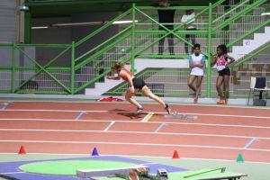 Justine sur 200m