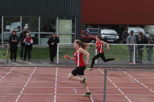 Lucile et Inès à la lutte sur 100m