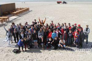 Photo de groupe sur la plage