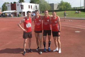 la team 4*400m H