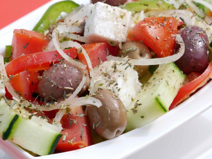 La salade grecque Horiatiki salata