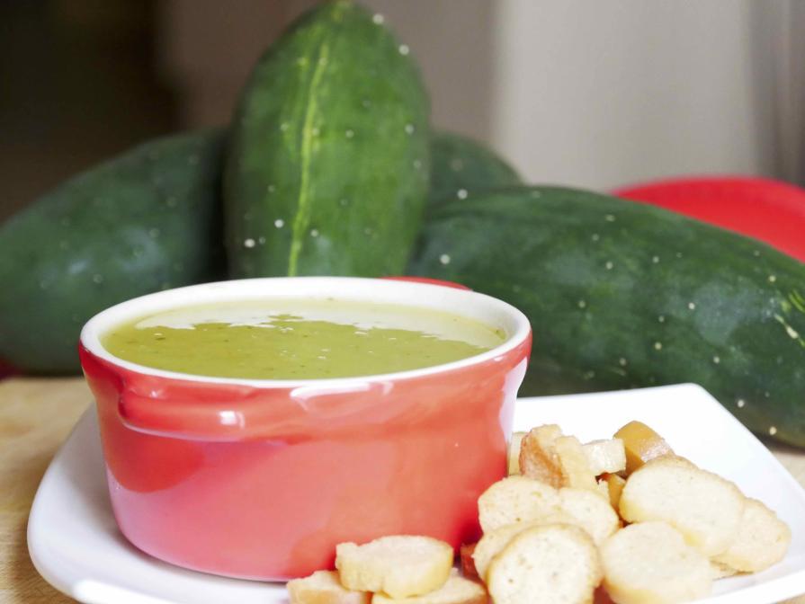 Recette alcaline - crème de concombre à la créole