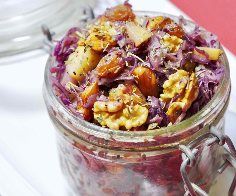 Recette acido-basique - chou rouge, pommes et oléagineux